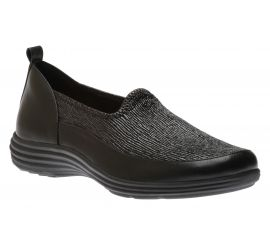 Quinn Black Leather Slip-On Sneaker