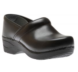 XP 2.0 Black Waterproof Leather Pull Up Clog