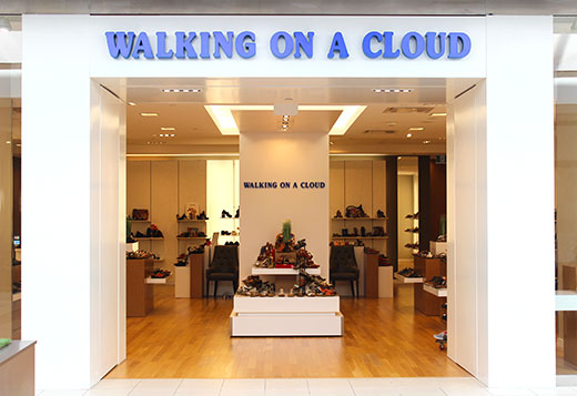 Walking on a Cloud Promenade Shopping Centre